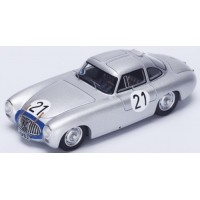 MERCEDES-BENZ 300 SL LeMans'52 #21, winner H.Lang / F.Riess