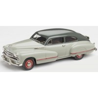 OLDSMOBILE 98 B-44 Sedanette, 1942, river mist grey/dusty grey