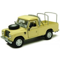 LAND ROVER Series3 109 Pick-up, beige
