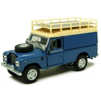 LAND ROVER Series3 109 with Roofrack, blue/white